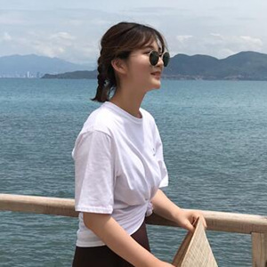 laurenhi T-Shirt