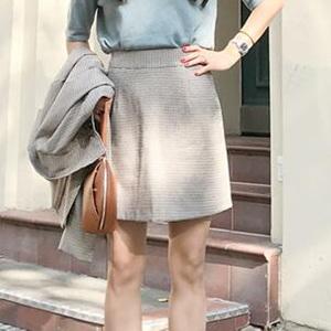 buttonoff 短裙