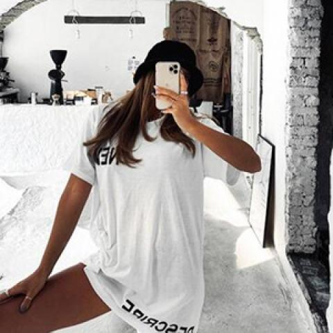 shes-story T-Shirt